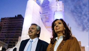 Alberto Fernández y Cristina mostraron en Rosario el apoyo de los gobernadores peronistas