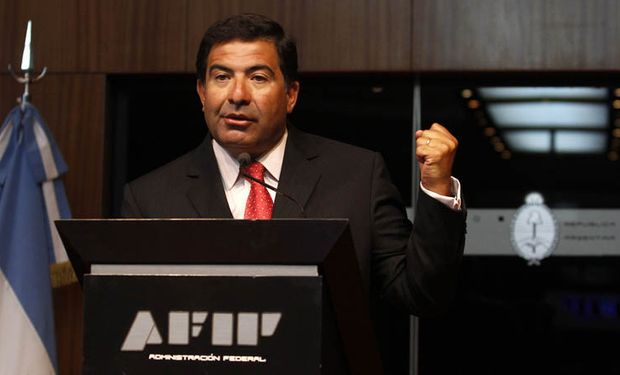 La AFIP dice que no cambió la fórmula para comprar dólares
