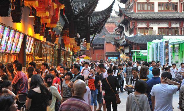 China también redujo su expectativa de crecimiento para este año, a una tasa del 7%.