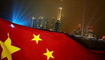 Pese a malos datos, China confía en crecer a una tasa del 7%