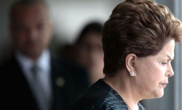 Brasil entró en recesión a un paso de las presidenciales
