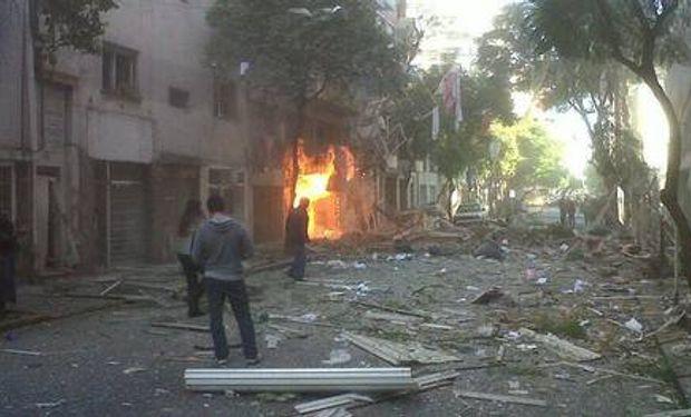 Fuerte explosión en un edificio de Rosario