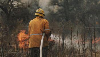 Tras 8 días consecutivos, continúan los trabajos para apagar los incendios en Córdoba