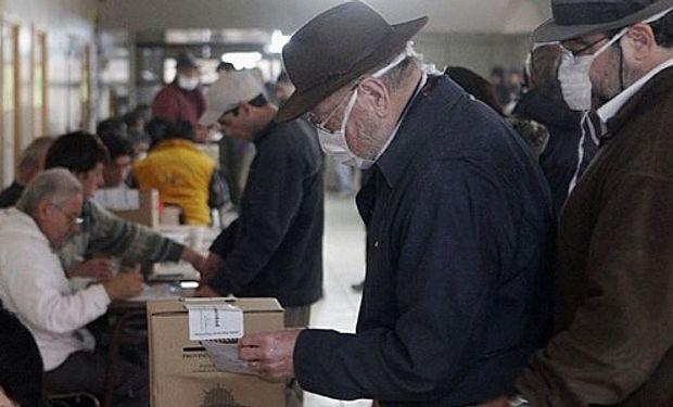 En la provincia se contabilizan 458.923 votantes entre los cuales se registran 10.000 jóvenes de entre 16 y 17 años que votarán por primera vez.