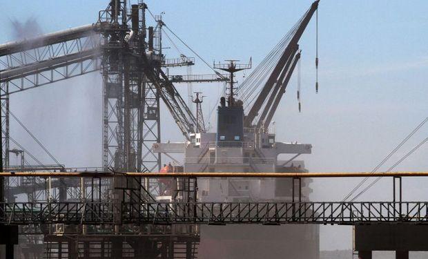 """Contrariamente los embarques de trigo salen """"a todo vapor"""" de las terminales argentinas."""