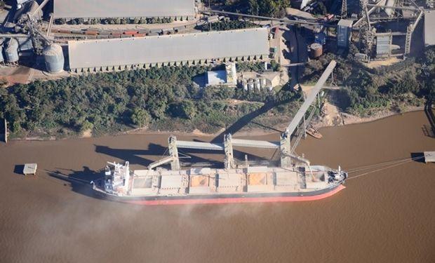 Argentina embarcó un 6 % menos de granos en 2020: ranking de los principales puertos