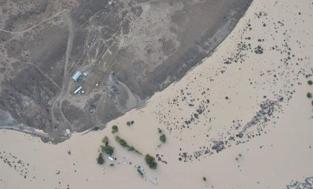Vista aérea de un establecimiento rural inundado. Foto: Sociedad Rural de Comodoro Rivadavia.