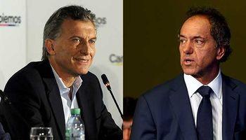Primera encuesta de ballottage pone a Macri adelante de Scioli, aunque con muchos indecisos