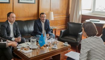 Senasa y la Unión Europea acordaron trabajar en producción orgánica y bienestar animal