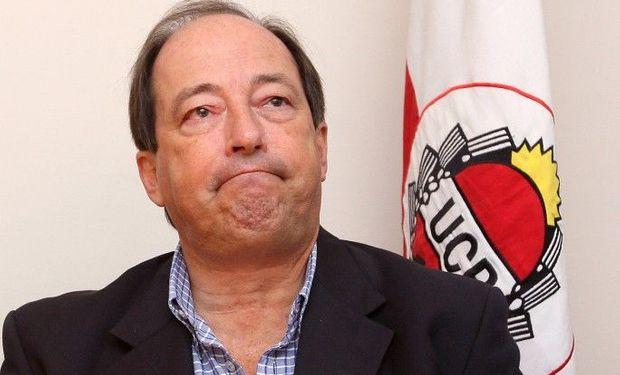 Ernesto Sanz no evaluó, cuando terminó de cerrar el acuerdo con el PRO, la verdadera dimensión de la dependencia que el macrismo terminó teniendo de la UCR.
