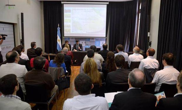 Especialistas y técnicos en el microcine del MAGyP. Foto: MAGyP