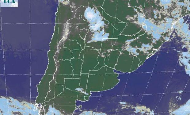 La foto satelital justifica las lluvias que ser reportan desde Jujuy, Salta y zonas de Santiago del Estero.