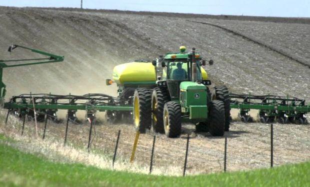 Una siembra tardía aleja la posibilidad de lograr rindes récord. Sin embargo hasta el 10 de mayo hay tiempo para sembrar.
