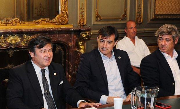 La Comisión Directiva de la Sociedad Rural Argentina recibió a Esteban Bullrich.