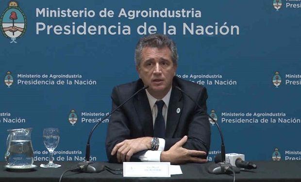 Luis Etchevehere dirige la nueva Secretaría de Agroindustria.