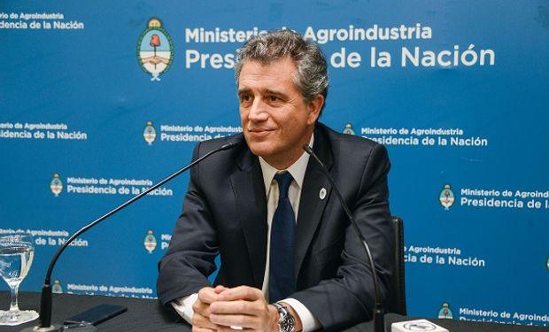 Luis Etchevehere, ministro de agroindustria.