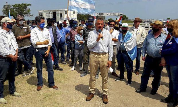 """Etchevehere: """"El gobierno nacional apoya con funcionarios a Grabois"""""""