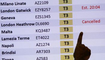 Reino Unido amaneció desconectado por el temor a una nueva cepa de coronavirus