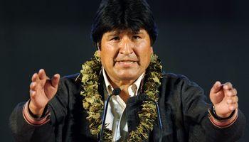Evo afianzó su poder en Bolivia con un contundente triunfo: 60%