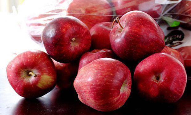 Hemos tirado una gran cantidad de fruta y hay otro gran porcentaje que está esperando un comprador.