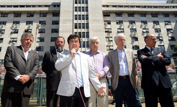 (Izq. a der.) Stornelli, Campagnoli, Marijuan, Piumato, Sáenz y Rívolo son los impulsores de la marcha que se realiza hoy en homenaje a Nisman. Foto: Archivo La Nación