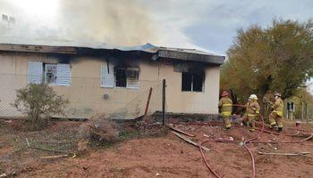 Neuquén: dos muertos tras explosión en una escuela rural