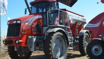 Fertec llevó a Expoagro 2014 la eficiencia de sus fertilizadoras