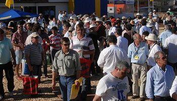 Dirigentes nacionales recorrieron Expoagro 2014 en contacto con la gente