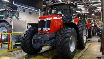 Por menor demanda venezolana, cae la exportación de tractores
