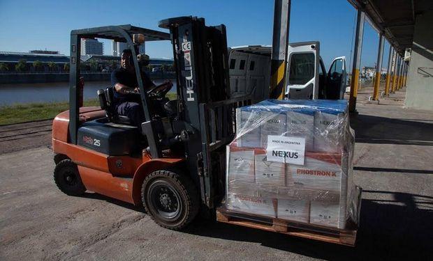 Nexus realizó la primera comercialización de fertilizante hacia el exterior por el Puerto de Santa Fe y el producto elegido fue Phostron K.