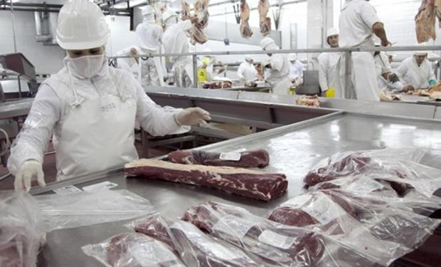 Basterra habló de Estados Unidos y aseguró que se debe potenciar la exportación de carne