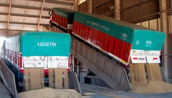 """La oposición advierte: """"Es el primer paso para romper el mercado de granos"""""""