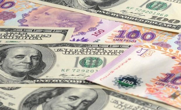 El dólar cierra la semana con bajas.