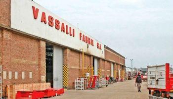 Vassalli acordó un plan de pago de deuda salarial y aceptó la intervención oficial