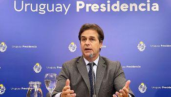 """""""Queremos abrirnos al mundo"""": Uruguay avanza con China en un tratado de libre comercio"""