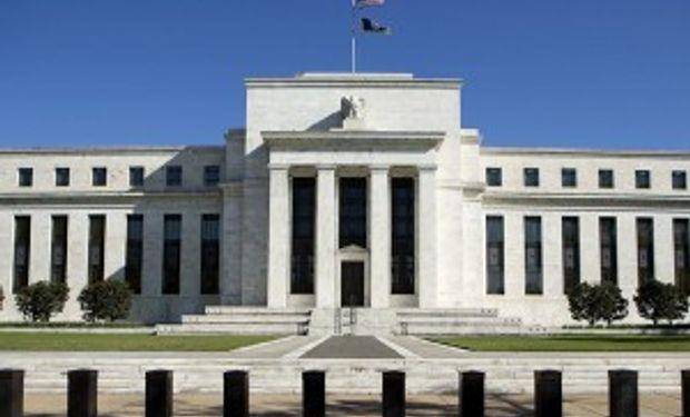 Fed aún no encuentra consenso para eliminar estímulos