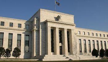 La Fed deja la tasa en el piso, pero sube el dólar