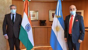 Solá busca abrir el mercado indio a la yerba mate argentina