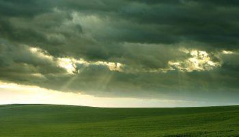 El Niño configuraría un verano más lluvioso y menos caluroso
