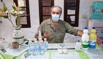 Comenzó investigando agroquímicos y se llevó una sorpresa: ahora alerta sobre 5 mezclas tóxicas de uso diario