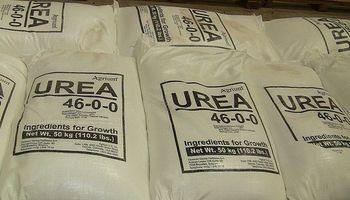 Pese a la baja de aranceles, no esperan cambios en precios de los fertilizantes