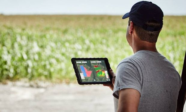 Cómo ver datos del campo en tiempo real: se lanzó FieldView en Argentina |  Agrofy News