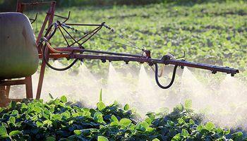 Crearon el Grupo de Trabajo Interministerial que tratará la temática de aplicaciones de fitosanitarios
