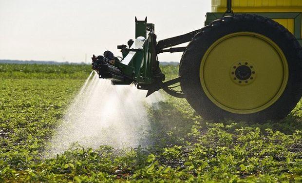 El rol y el trabajo que realiza el Estado Nacional respecto al control sobre la aplicación de fitosanitarios y las Buenas Prácticas Agropecuarias.