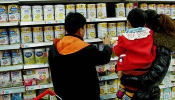 Prohíben la comercialización de una leche en polvo entera en todo el país