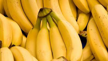 """Formosa: productores realizan un """"bananazo"""" para que se frene la importación"""
