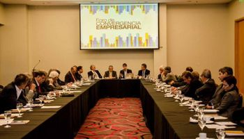 Rechazo de empresarios a la repetida intervención del Estado en las actividades del sector privado