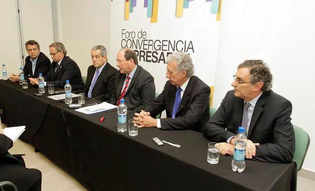 Durante el encuentro se debatieron y profundizaron las propuestas expresadas en el documento del Foro de Convergencia Empresarial.