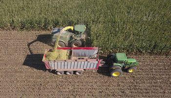 AKRON aporta tecnología para la producción de forrajes conservados