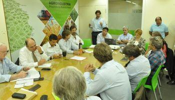 Buenos Aires: se firmó la emergencia agropecuaria por sequía